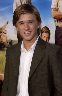 600full-haley-joel-osment (5)