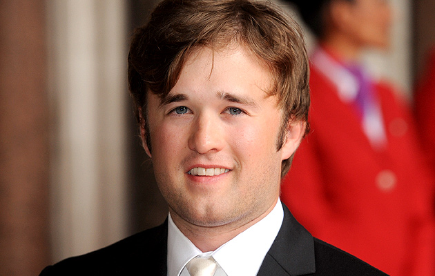haley-loel-osment-2011