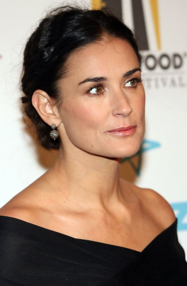 600full-demi-moore (16)